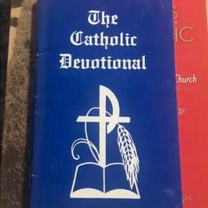 Catholic Book Bundle🤑